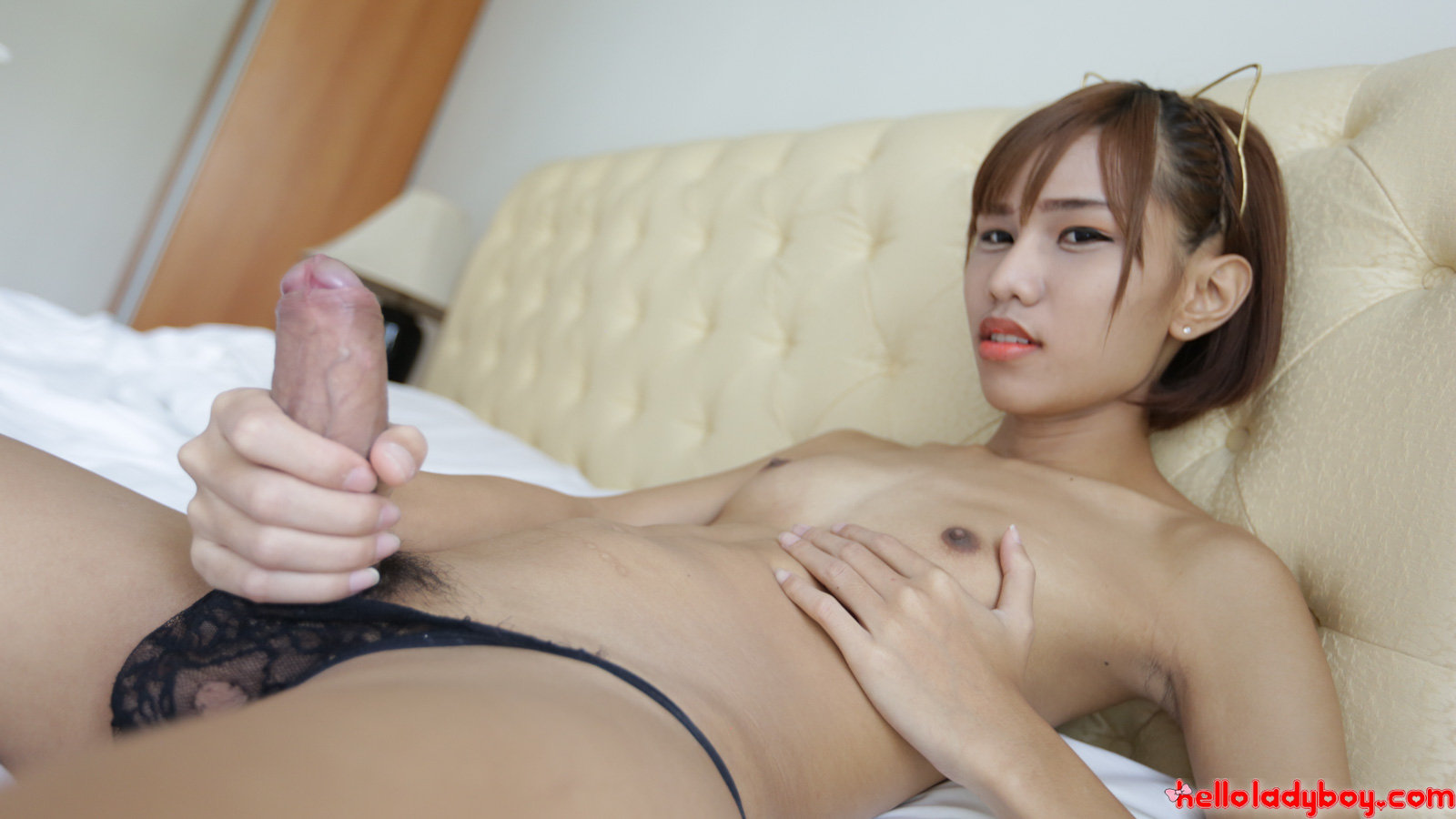 horny old shemale Com